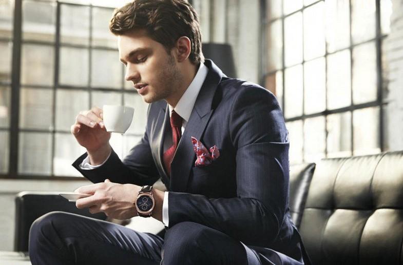 đàn ông nên đeo đồng hồ