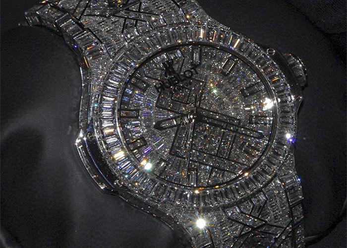 những đồng hồ mắc nhất thế giới Hublot Big-Bang Diamond